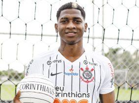 Yony González y Corinthians: el delantero colombiano podría salir del club y volver a Benfica