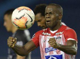 De a tres: Carmelo Valencia y una noche histórica para mantener vivo a Junior en la Copa Libertadores
