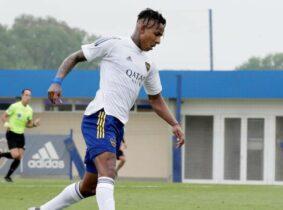 Sebastián Villa se reportó con triplete en victoria de Boca Juniors