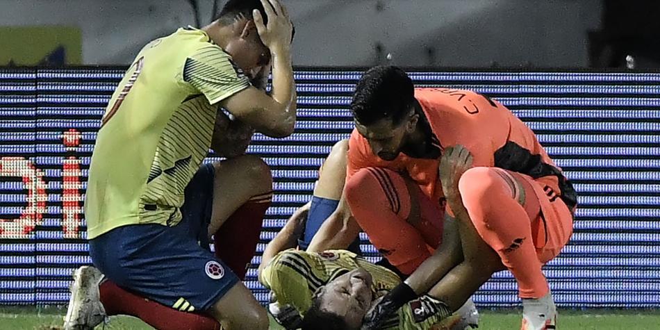"""Santiago Arias sobre su lesión: """"Me toqué el tobillo y sentí que no estaba en su sitio"""""""