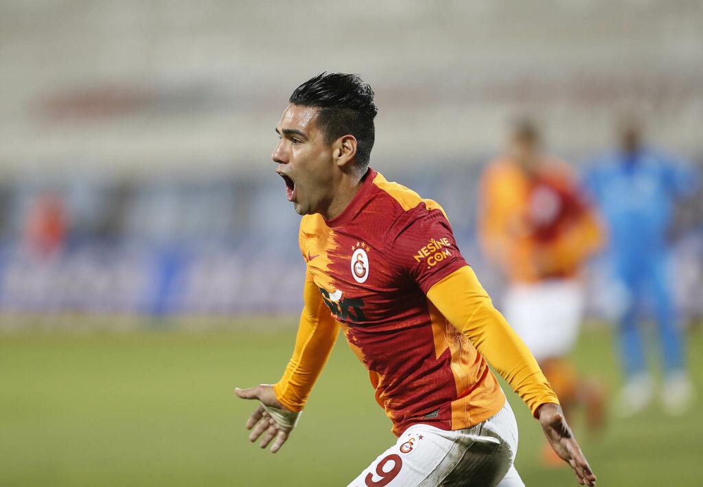 Radamel Falcao sigue confirmando su gran inicio goleador en la Superliga de Turquía 2020-21