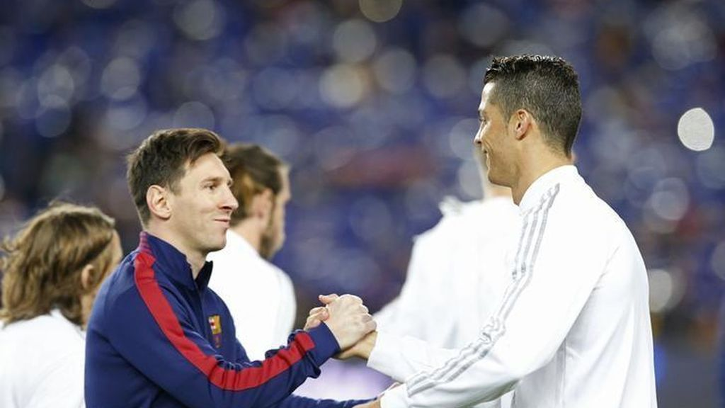 """Es difícil elegir entre Lionel Messi y Cristiano Ronaldo"": Ronald Koeman"